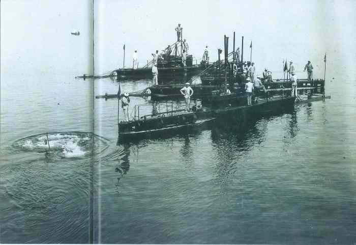 L_sous-marins estaque